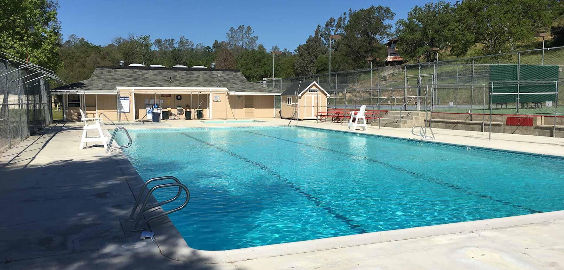 yloa-pool-empty